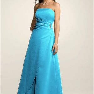 Teal bridesmaid gown 4, fits like a 2 (cust)